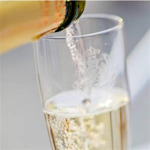 Proseco being poured into a glass