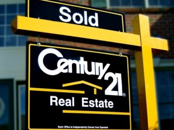 Century 21 Real Estate Sold Sign